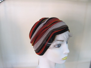 ruched hat side view